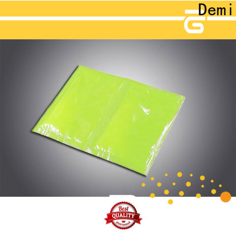 Demi meat soaker pads to prevent spillage for meat