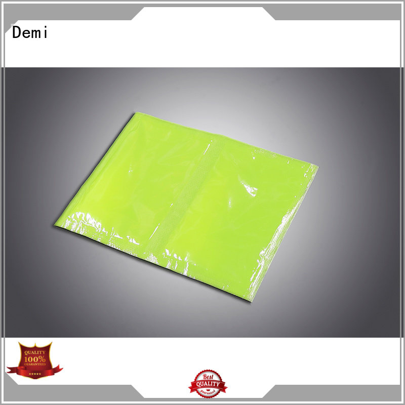 Demi simple soaker pads to prevent spillage for meat